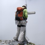 Meine Begleitung am Gipfelkreuz